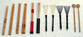 600px-Drum_sticks